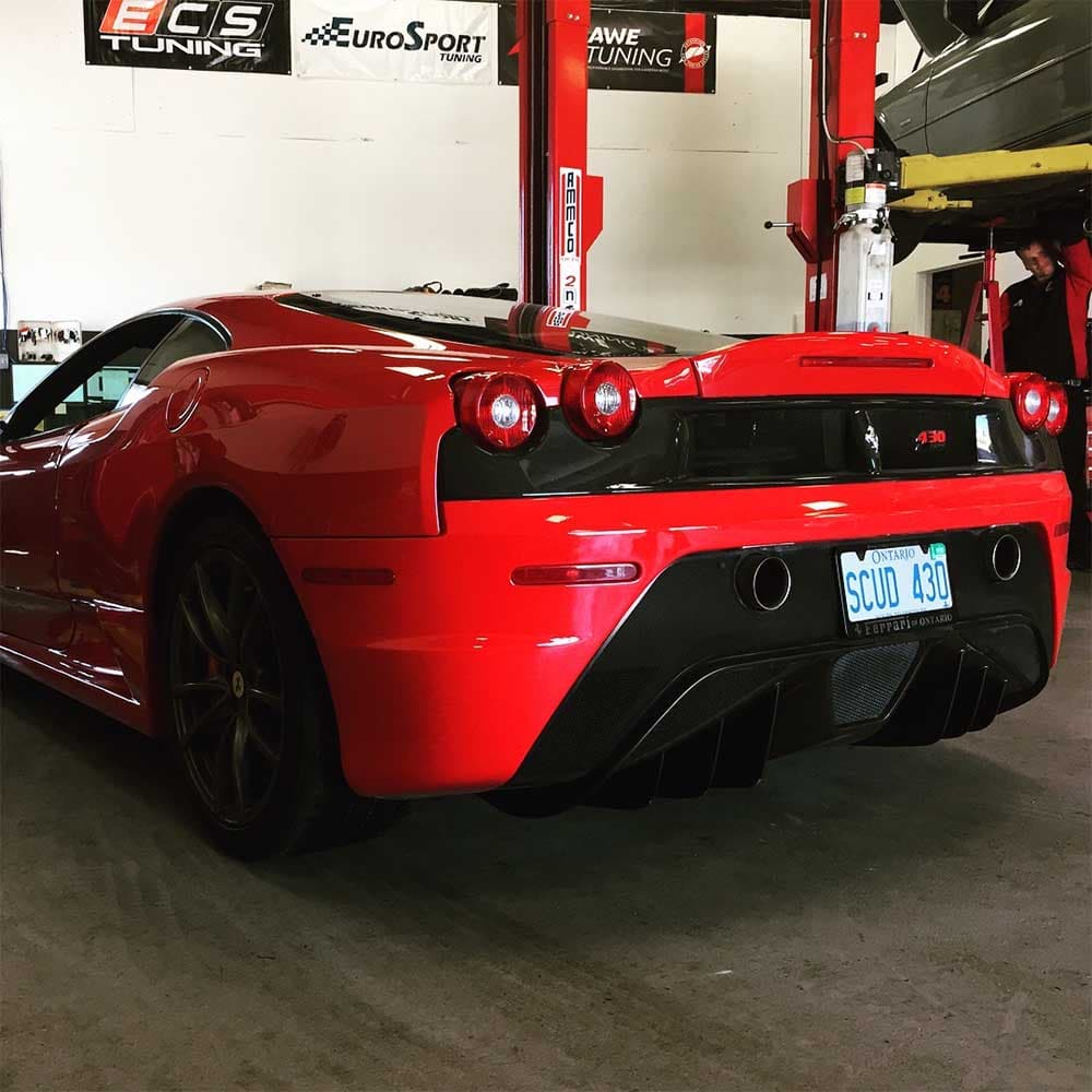 Ferrari_Service 03