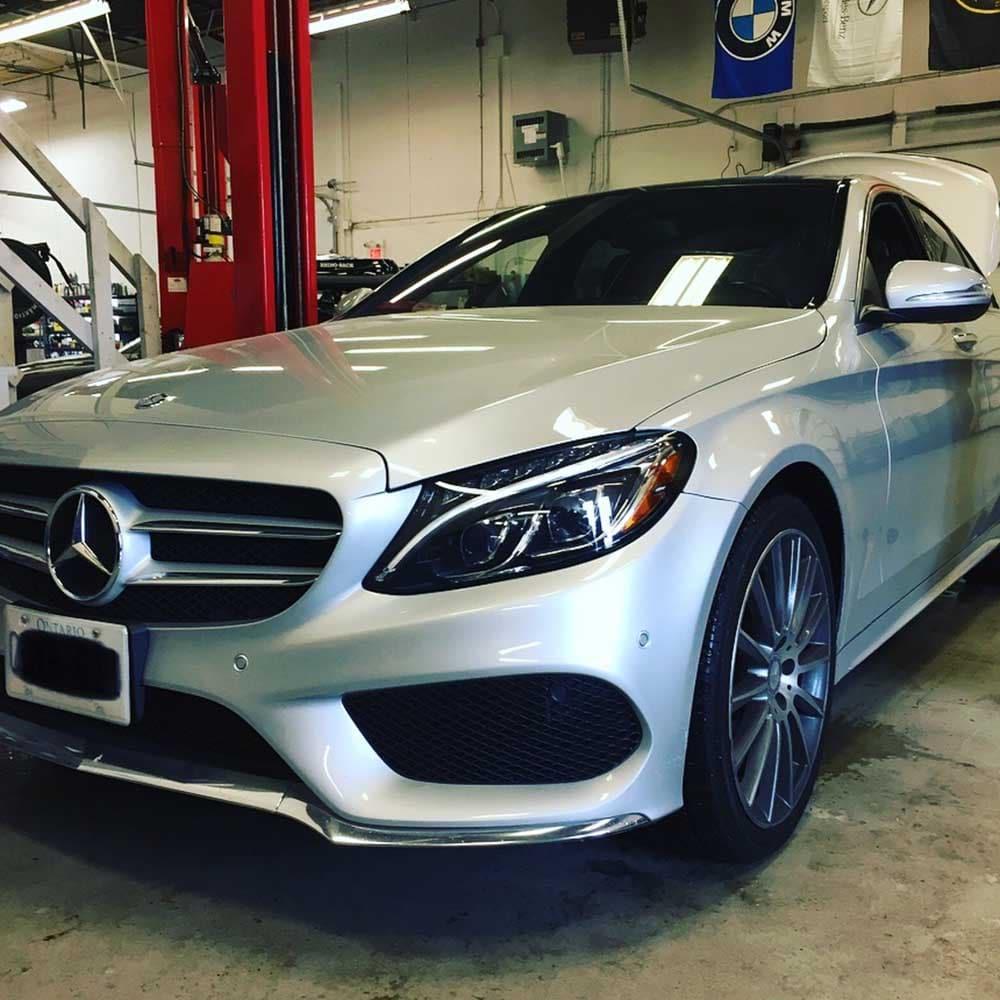 Mercedes_Service 04